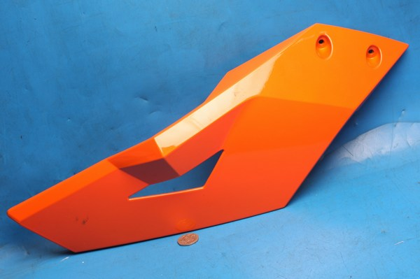 Petrol tank cowl upper left hand in orange Generic Trigger50SM