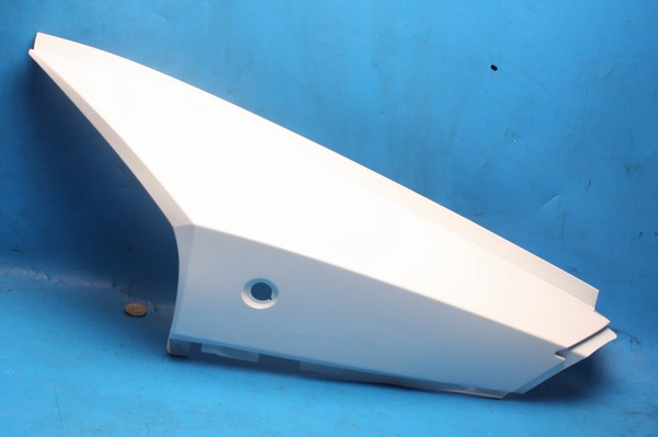 Side panel body left hand in white Generic XOR125 and XOR50