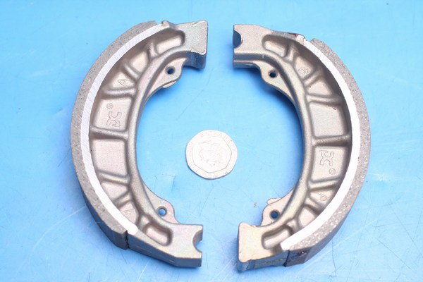 Rear brake shoes genuine Daelim SC125 Otello 43120-SA5-0000