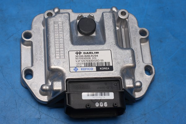 Engine Control Unit VJF125 30100-BA8-RZ00