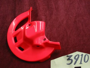 Front disc cover Red Honda PS391R