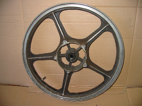 Front wheel used Kawasaki Z250 Scorpion